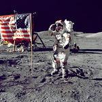 alt:Přistání na Měsíci v červenci 1969. (Zdroj: NASA)